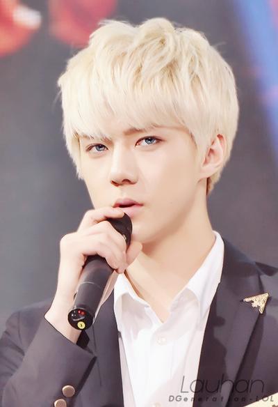 exo_k__sehun__blue_eyes__by_dgeneration_lol-d6up47l